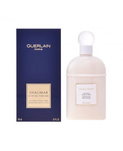 Weiche und seidige Körpermilch mit dem angenehmen Duft von SHALIMAR - 200 ml